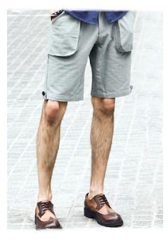 五分灰色短裤